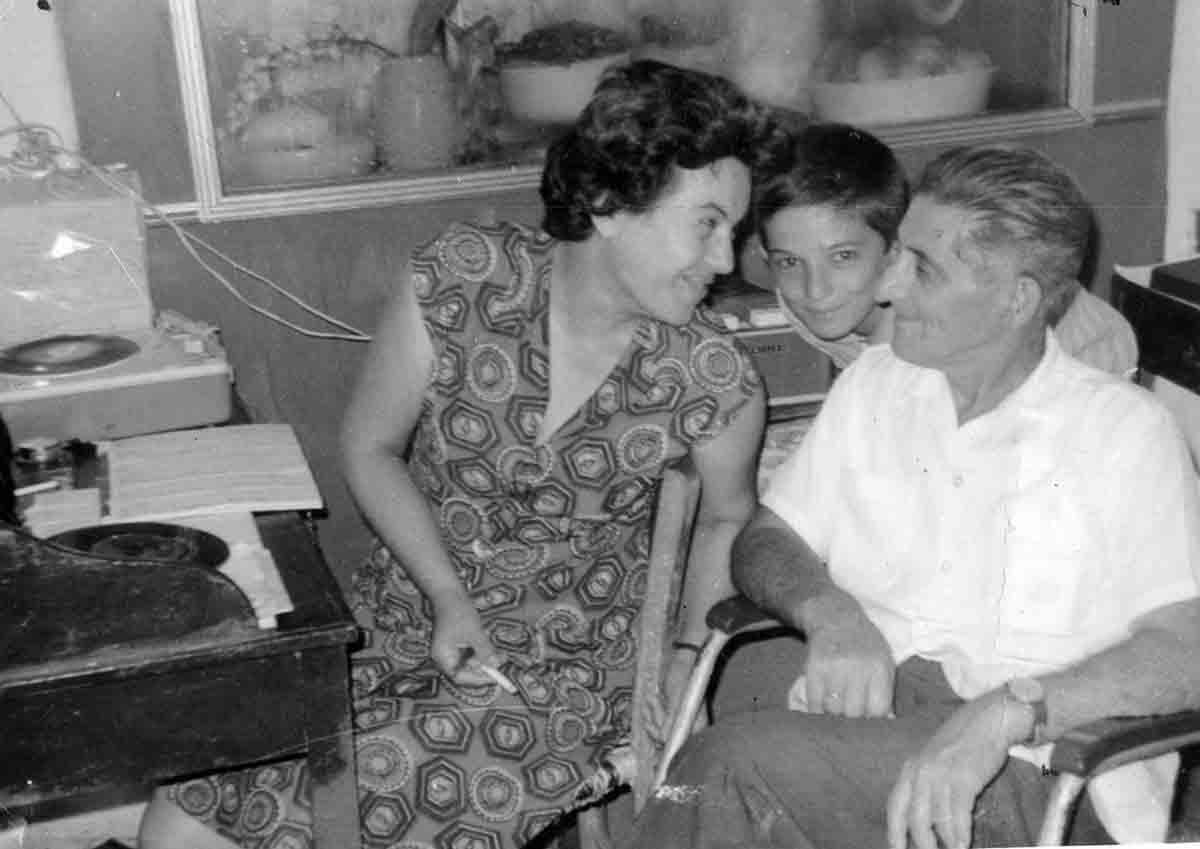 Οικογένεια Μαστορίδη, 1963 / Mastoridis family, 1963